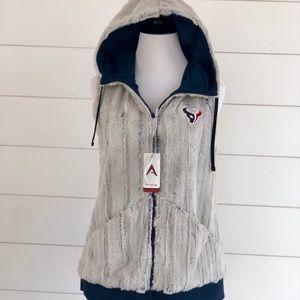 NWT Antigua Faux Fur Texan Hoodie Vest